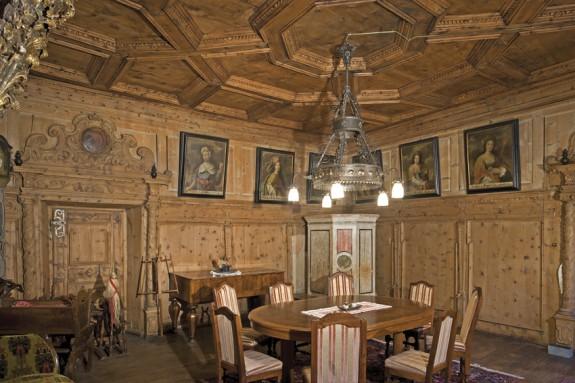 Der Sibyllen-Salon im Hotel Albrici